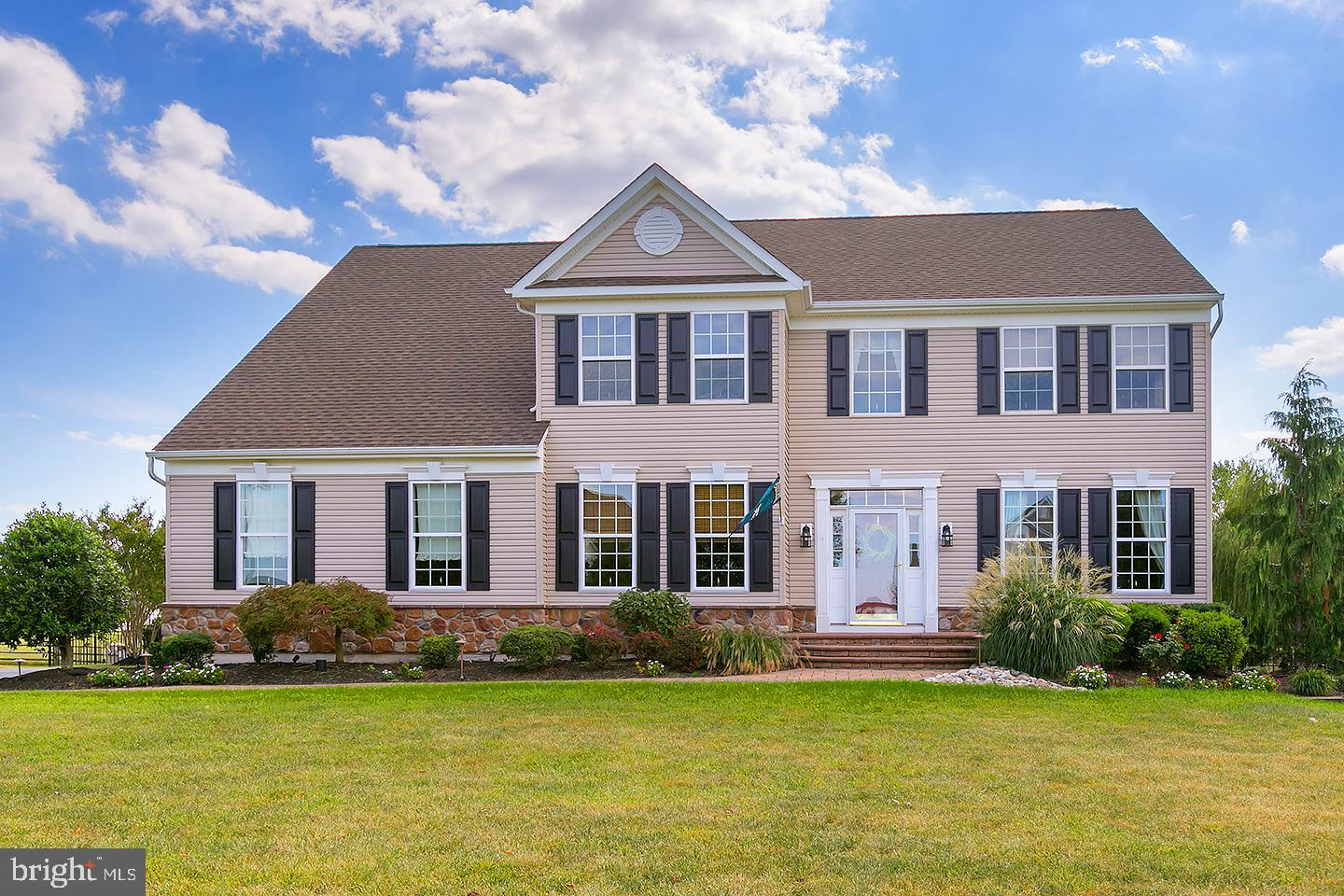 731 FARMHOUSE ROAD, MICKLETON, NJ 08056