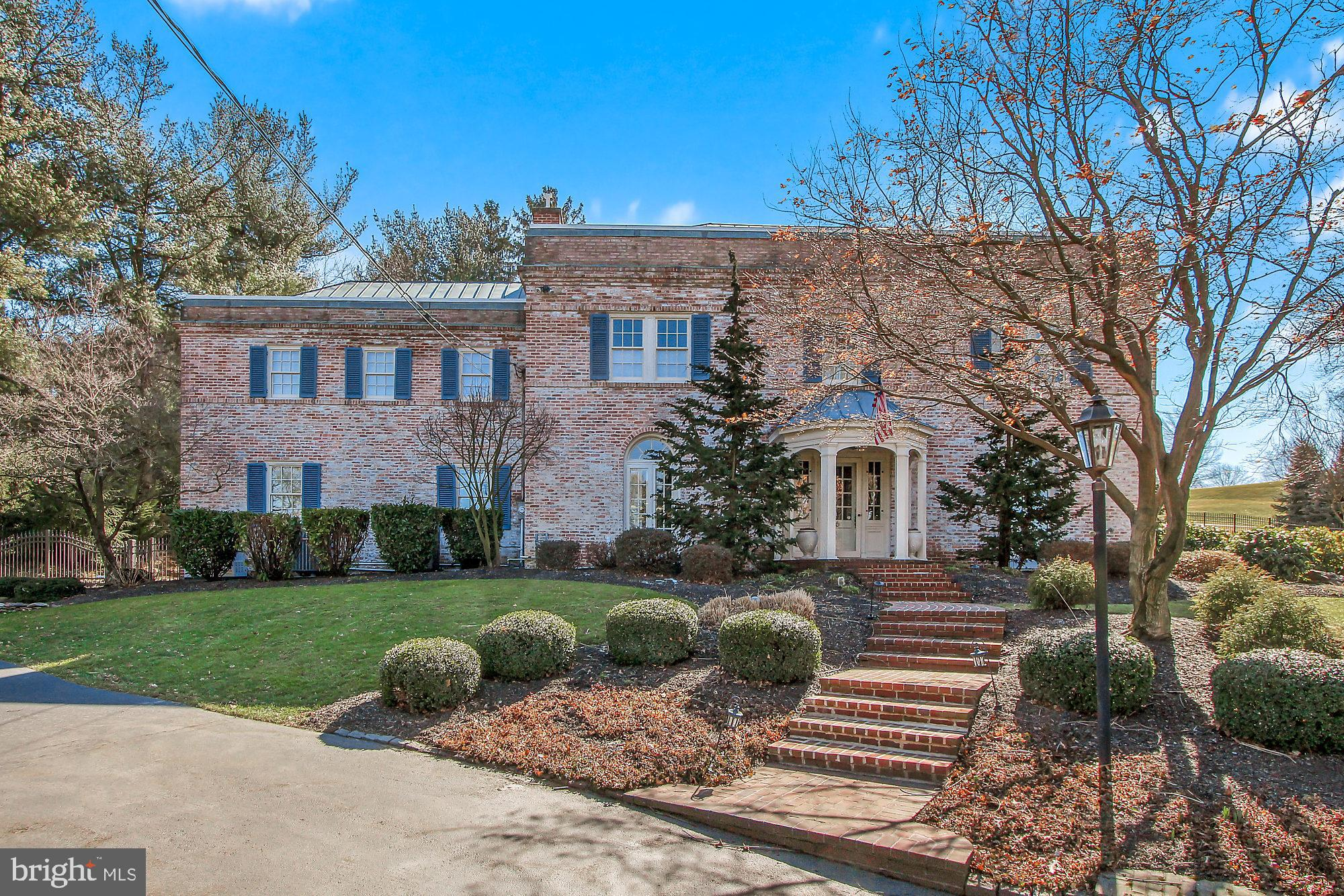 1000 CLUBHOUSE ROAD, YORK, PA 17403