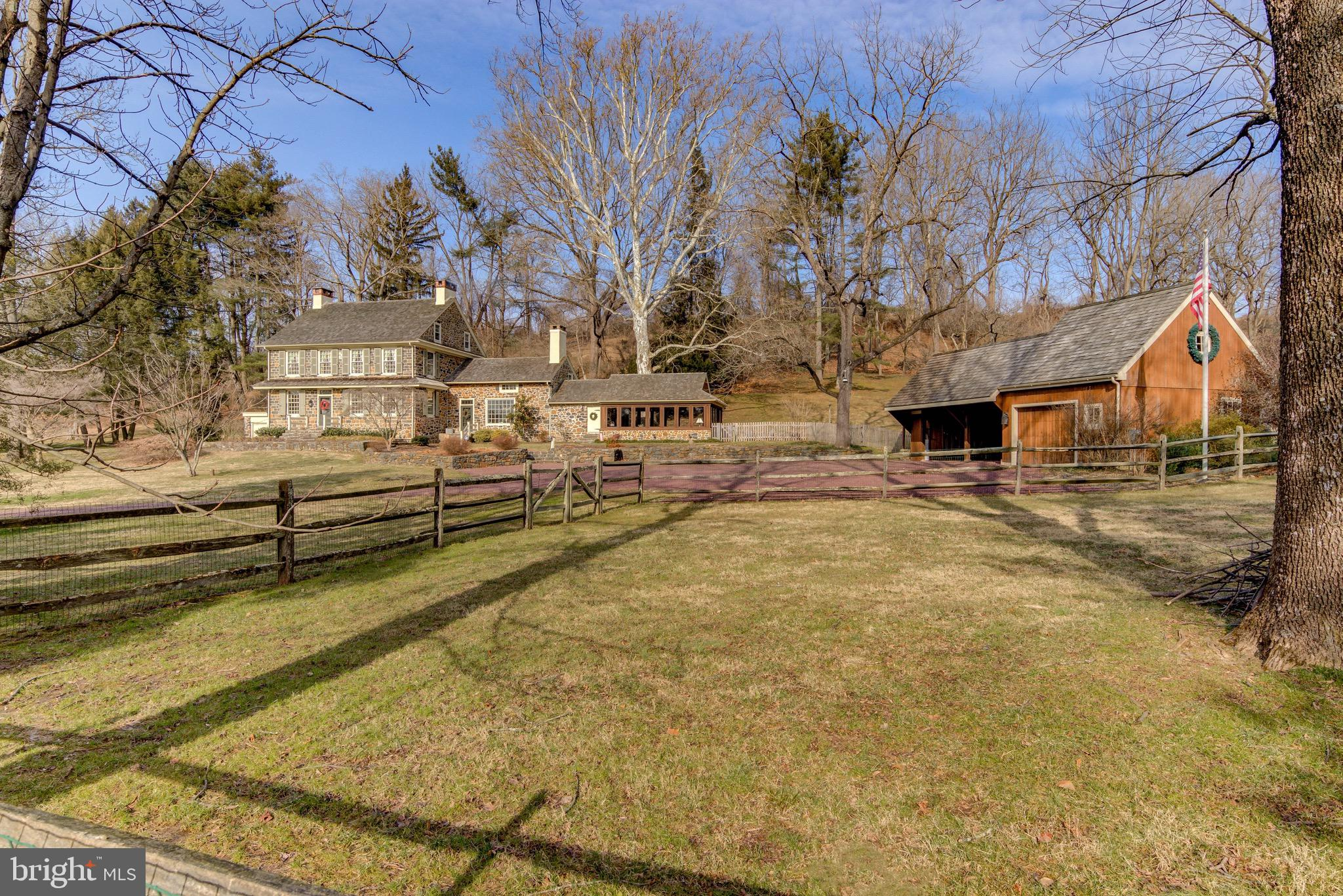 965 W STRASBURG ROAD, WEST CHESTER, PA 19382