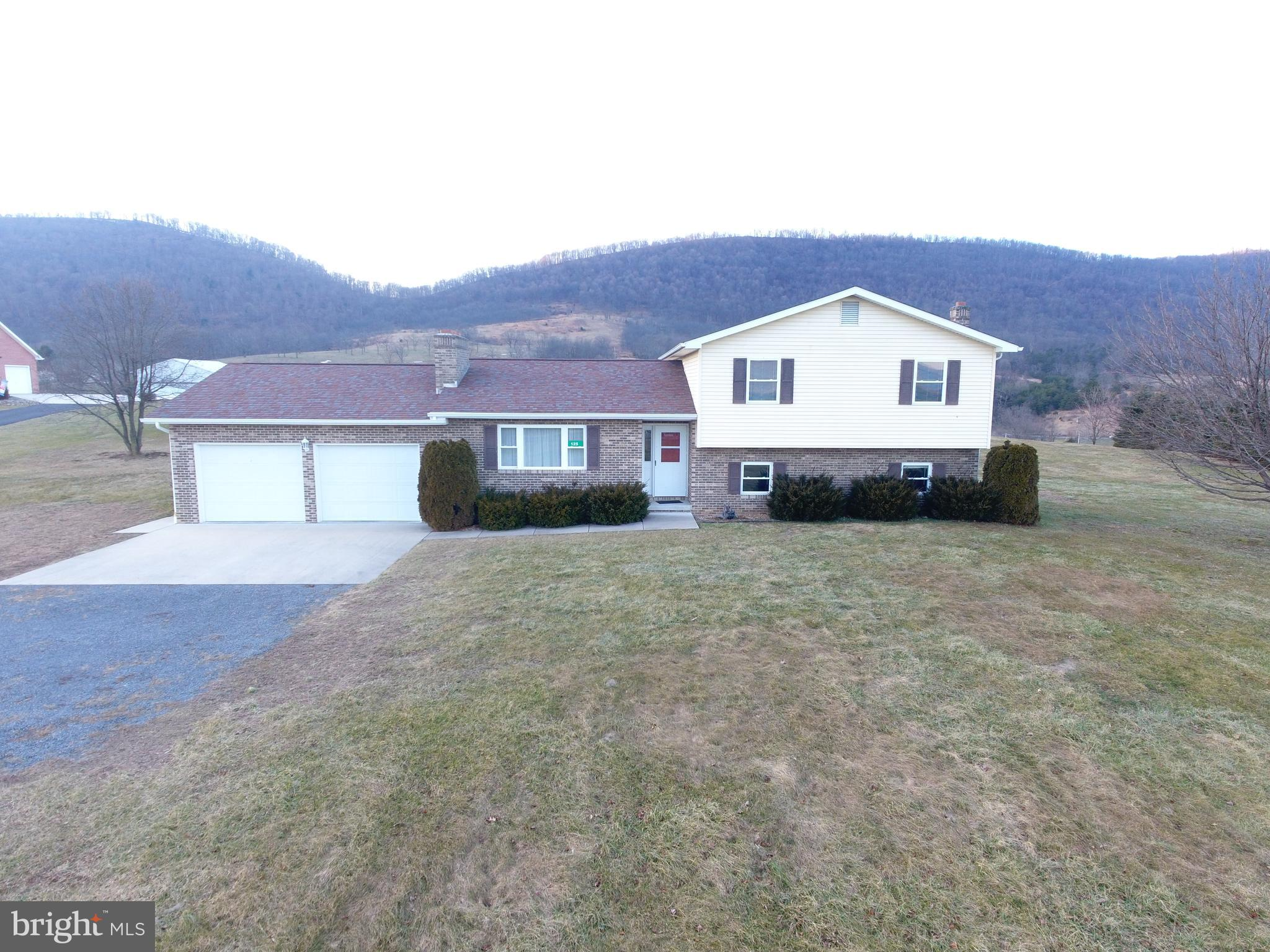 125 TWIN OAKS, MAYSVILLE, WV 26833