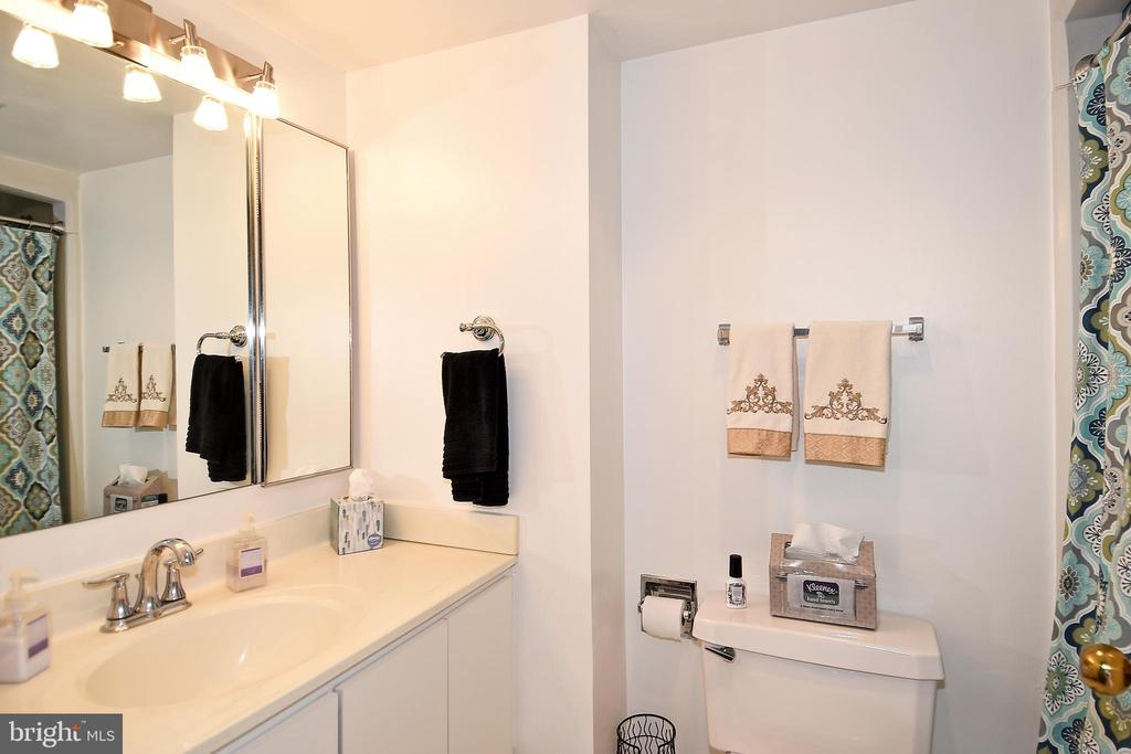 Photo of 1250 S Washington Street St #322