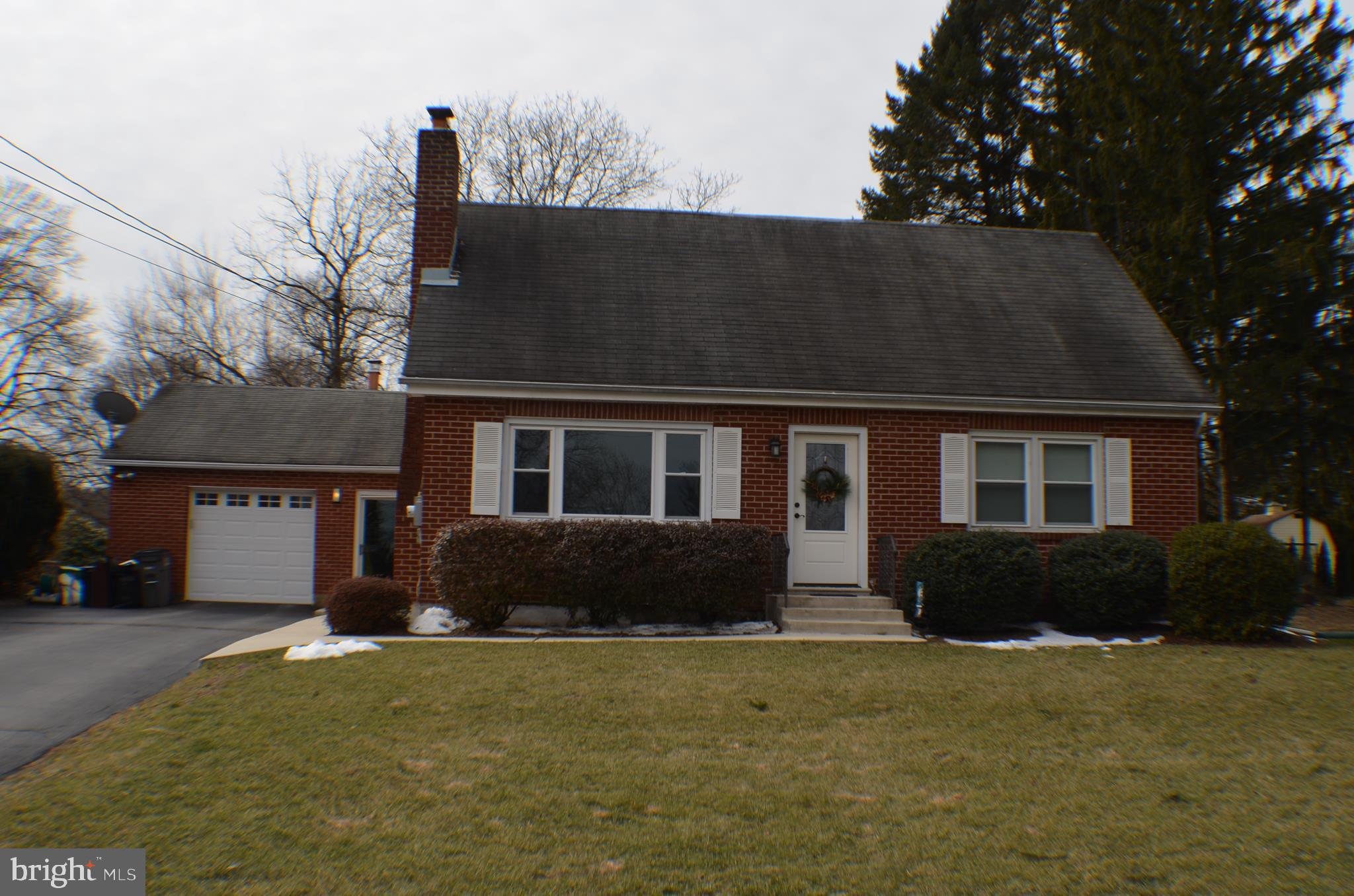4842 CHERRY LANE, CENTER VALLEY, PA 18034