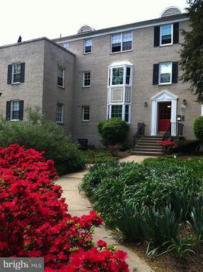 822 S Arlington Mill Dr #2-104