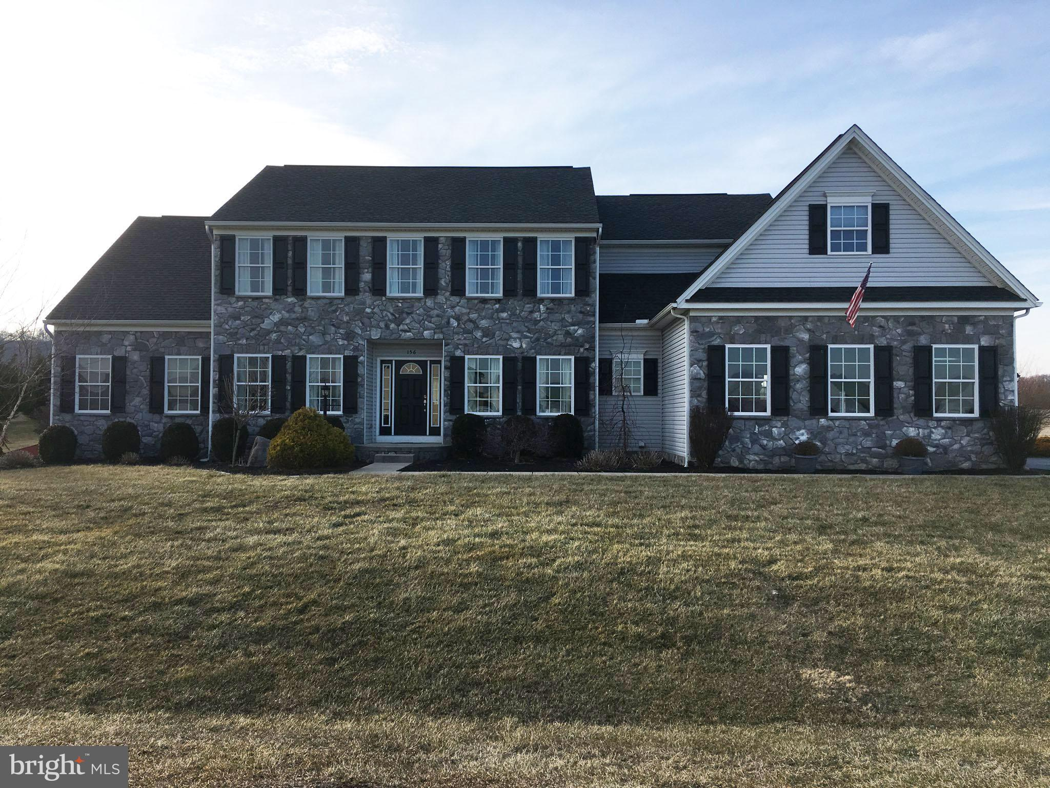 156 CHISHOLM DRIVE S, HEDGESVILLE, WV 25427