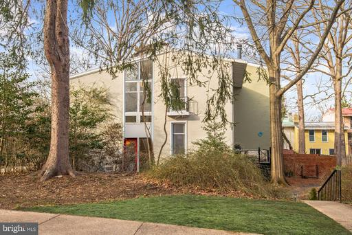 11463 Waterview Cluster