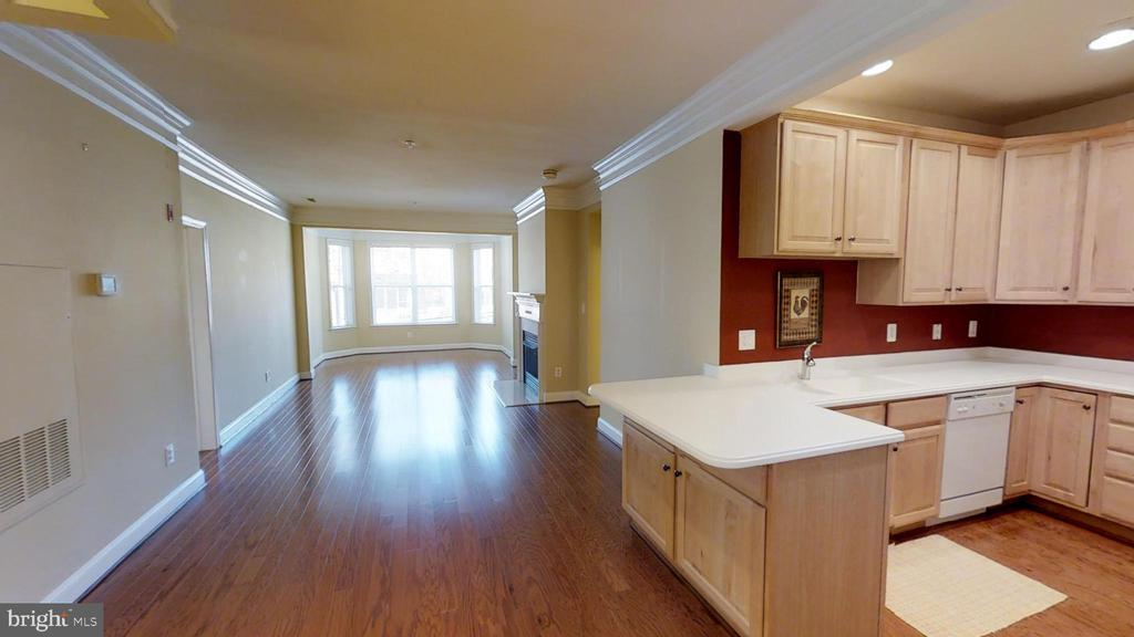 Beautiful two bedroom two bathroom condo located in Alexandria. Walking distance to Braddock Rd Metro and easy access to old town. Updated and hardwood floors throughout.  A MUST SEE!!!