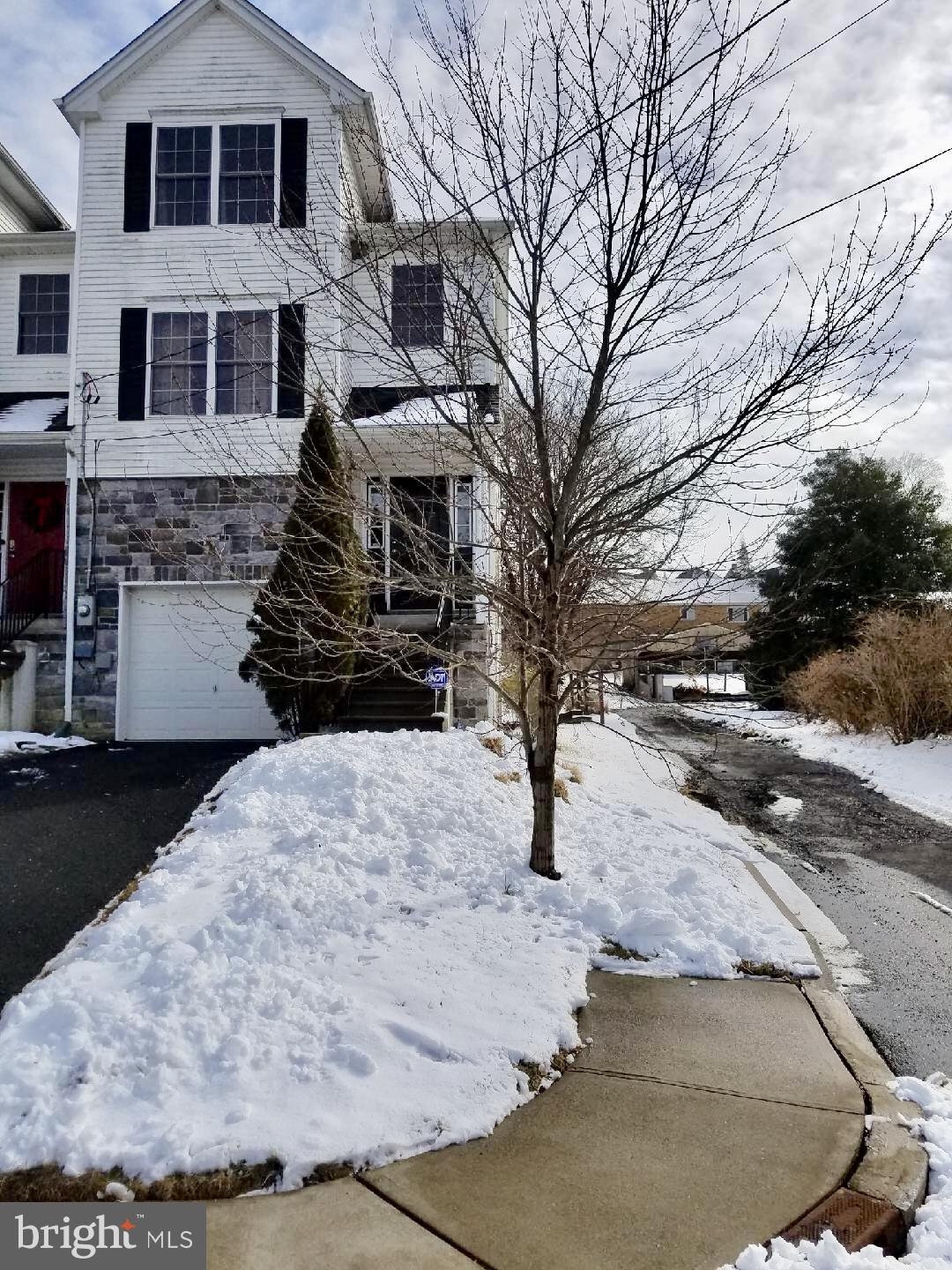 200 SHAFER AVENUE, PHILLIPSBURG, NJ 08865