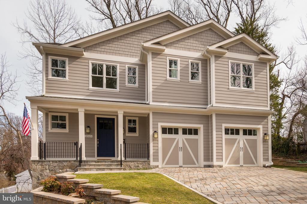 Nestled on 1/4 acre Lee  Heights lot, light filled  new home by A&N Builders w/quality & style  High-end kitchen, wood floors 2 levels, moldings. Upstairs  4 BRs 4 baths, laundry, office area.  Main level den w/full bath, kitchen flows into FR open to private yard w/tree views, big DR, w-in pantry Walkout daylight LL rec room, BR, bath, storage,  Superb!Taylor Williamsburg Yorktown