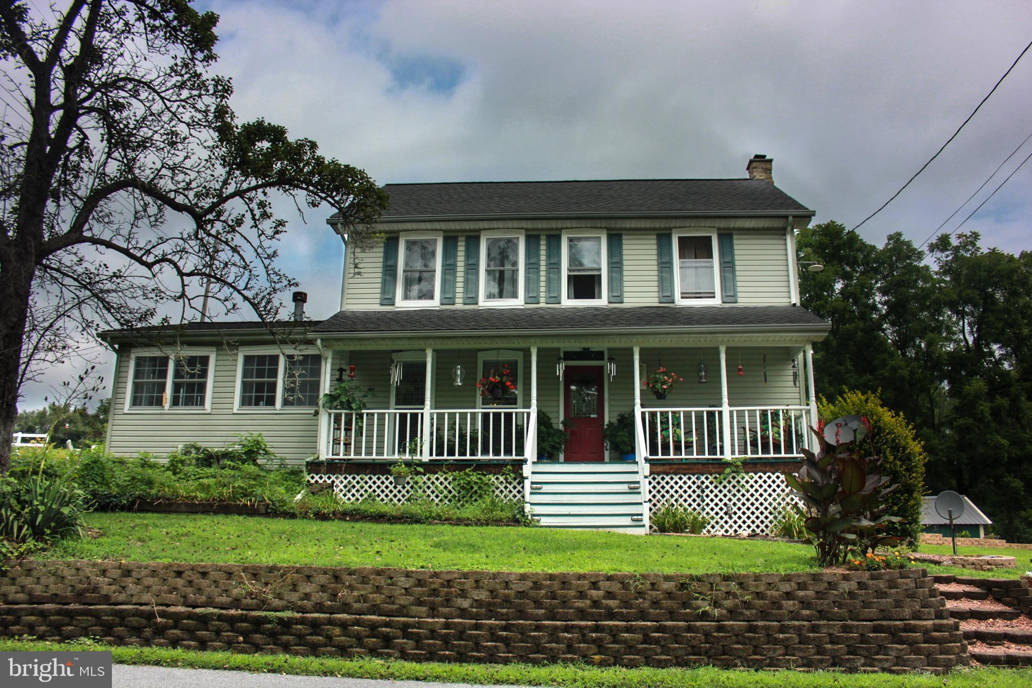 3543 BLACKSMITH ROAD, NEW TRIPOLI, PA 18066