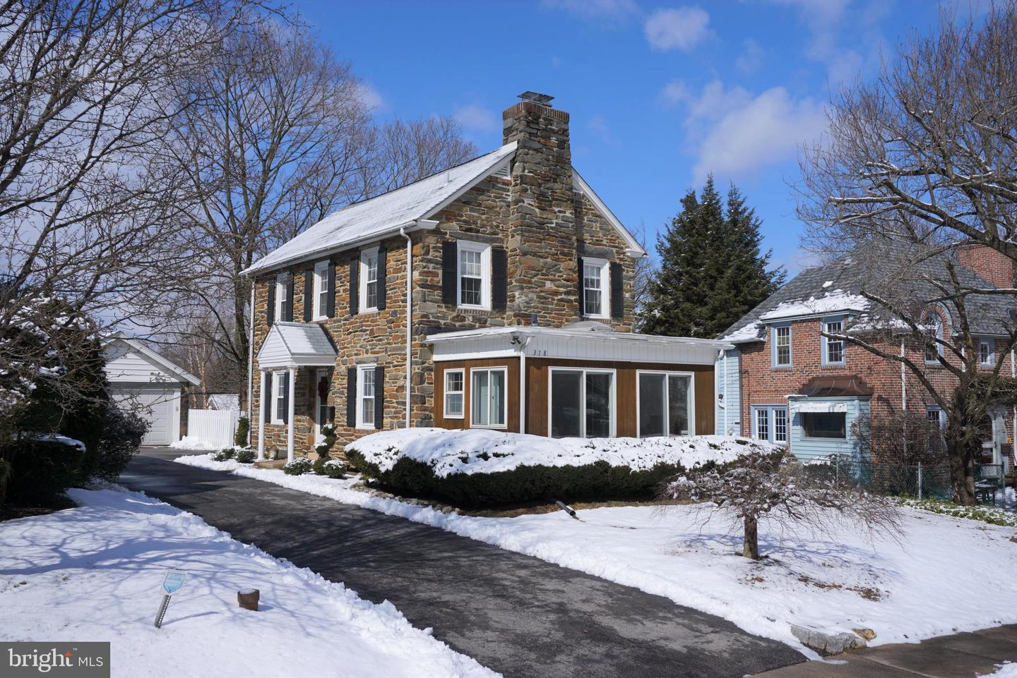318 Old Forest Road Wynnewood, PA 19096