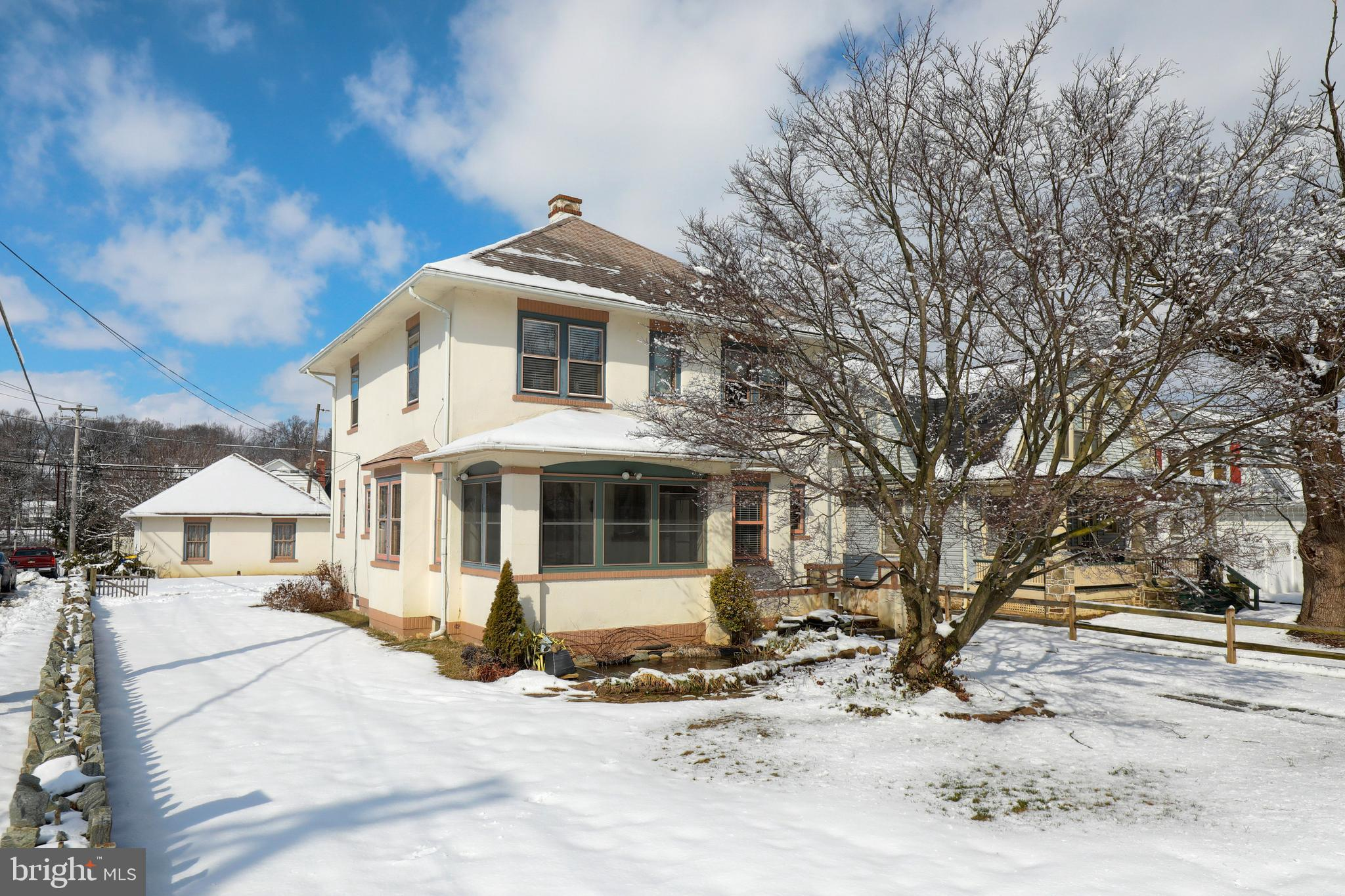 1928 VALLEY ROAD, PARKESBURG, PA 19365