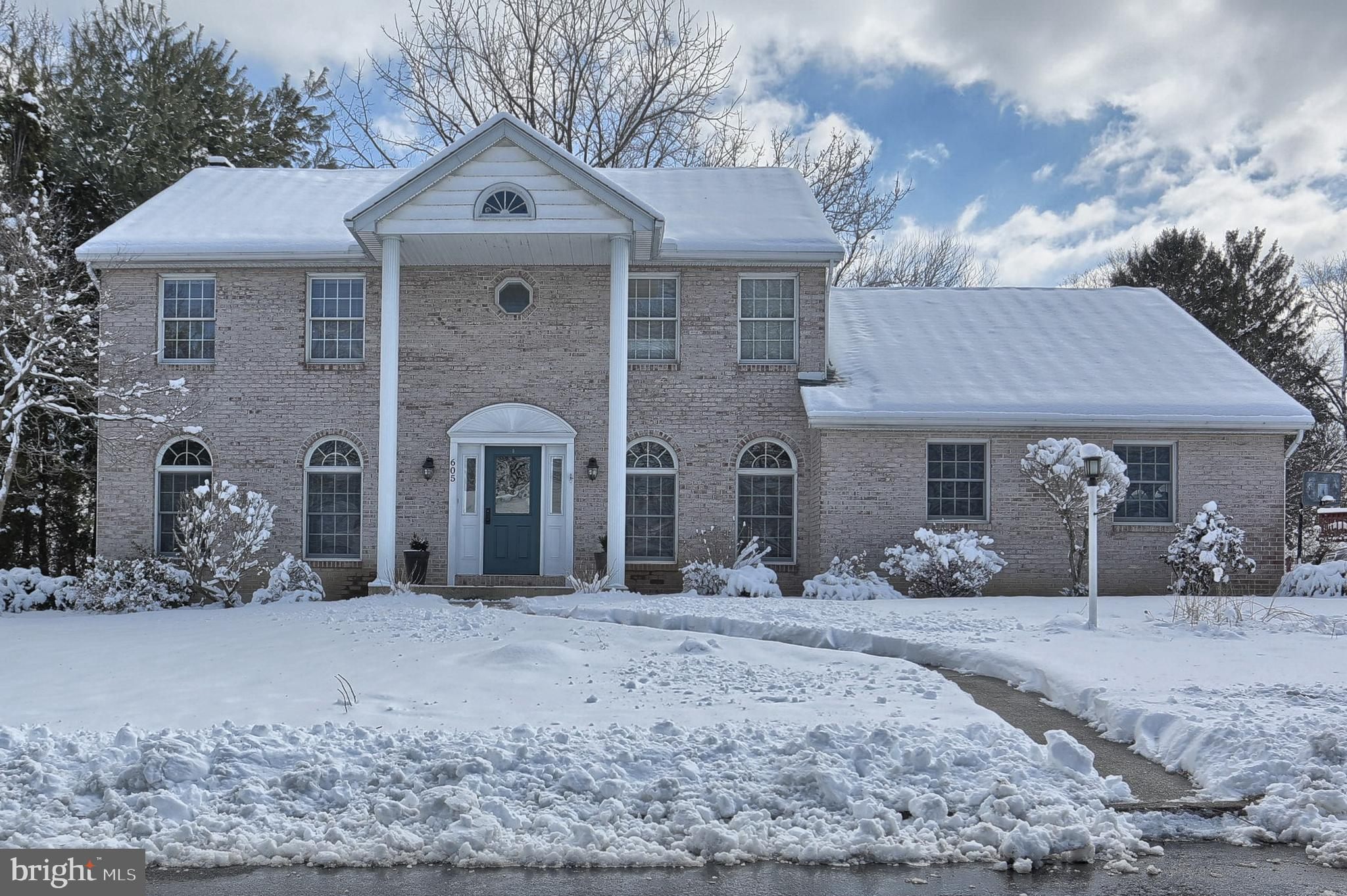605 GALE ROAD, CAMP HILL, PA 17011
