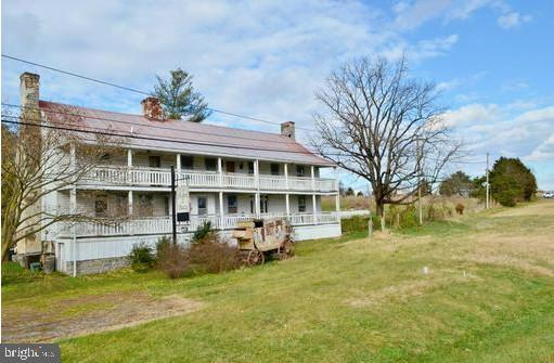 10559 N VALLEY PIKE, LINVILLE, VA 22834