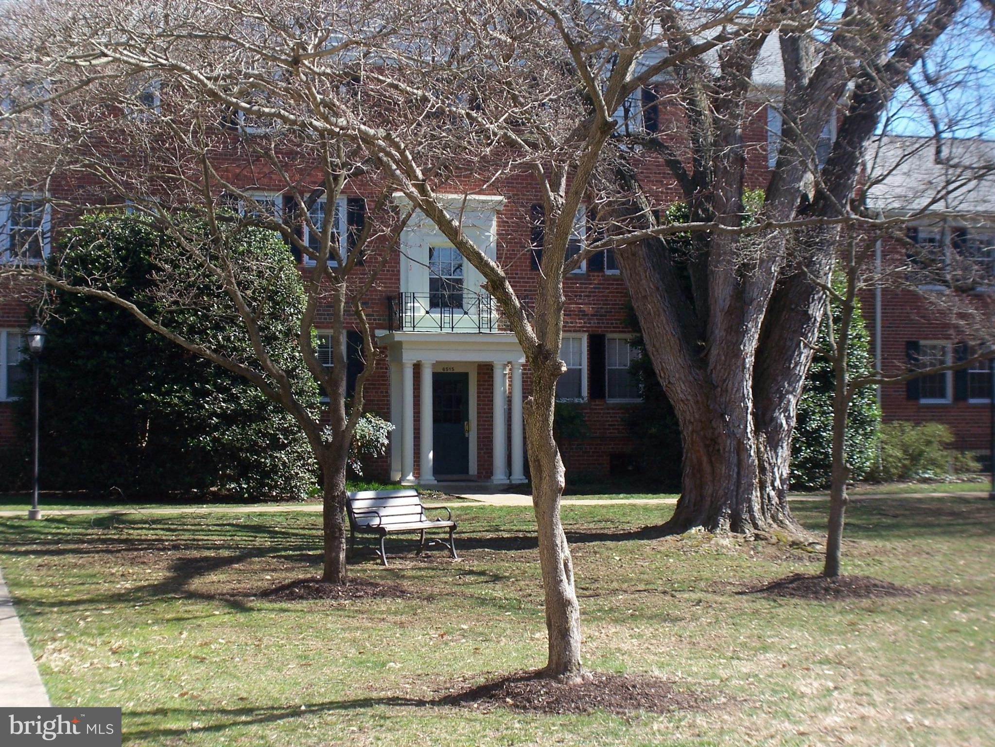 Great opportunity in Belle View! Laundry in the building! Great community, close to GW Parkway, Metro, Beltway and Old Town. Wood parquet floors throughout, with newer carpeting in the bedrooms. Replacement windows!! Near the community town square and gazebo, and the farmer's stand (May through November).