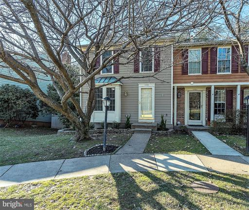 1484 Autumn Ridge Cir Reston VA 20194