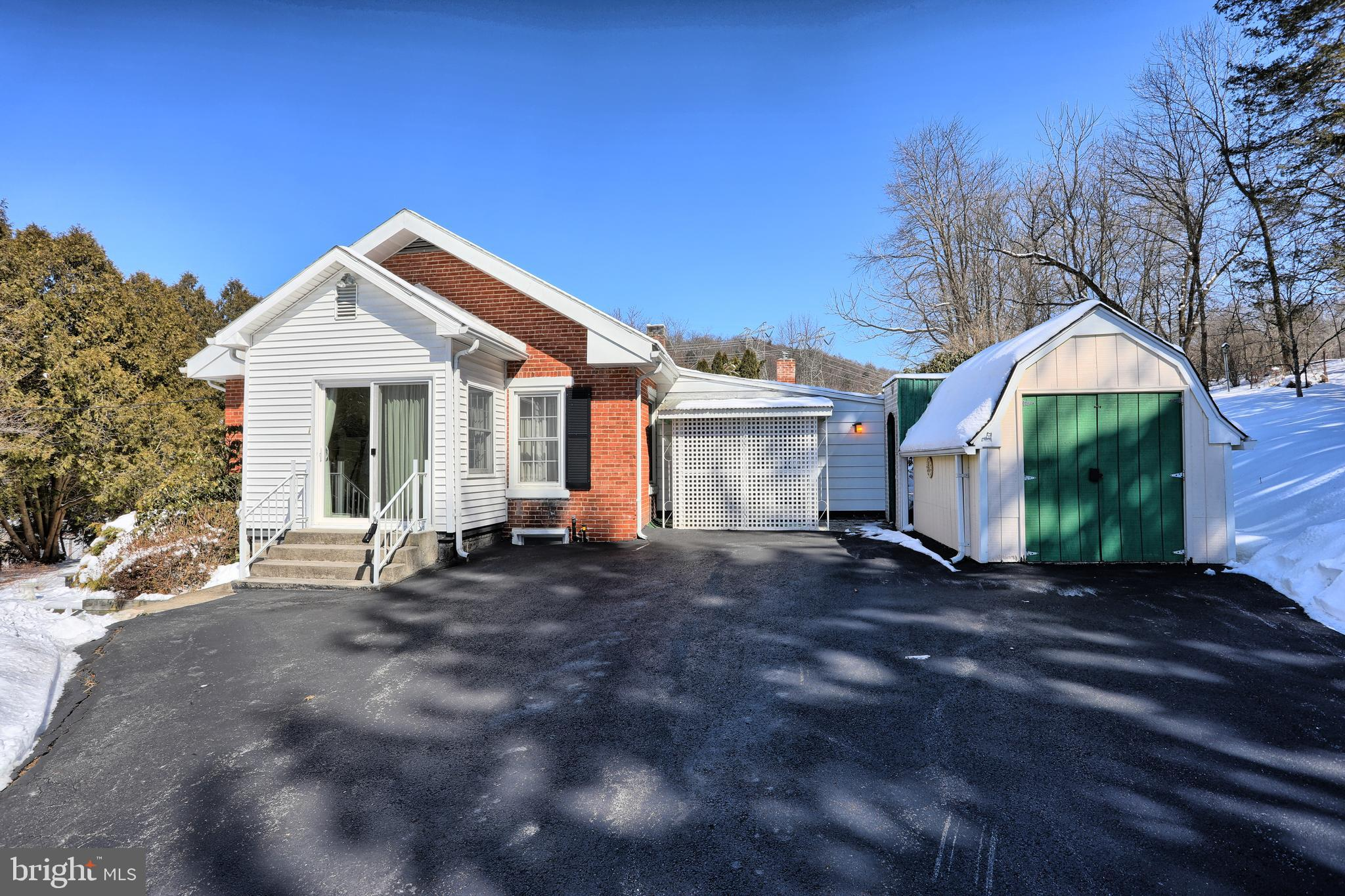 1807 COLD STORAGE ROAD, NEW BLOOMFIELD, PA 17068