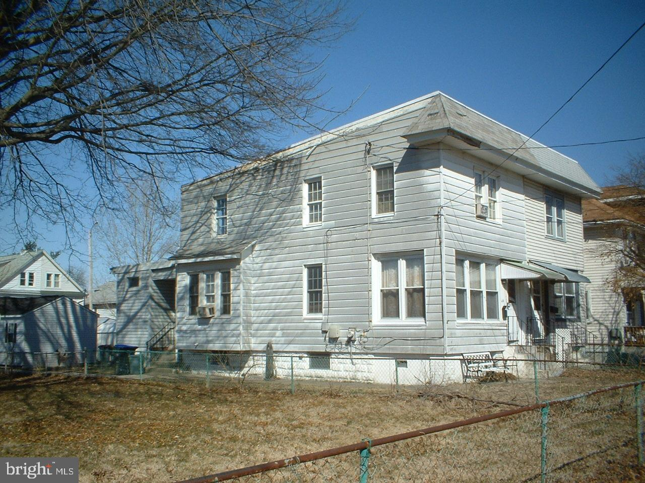 610 TAYLOR AVENUE, MARCUS HOOK, PA 19061