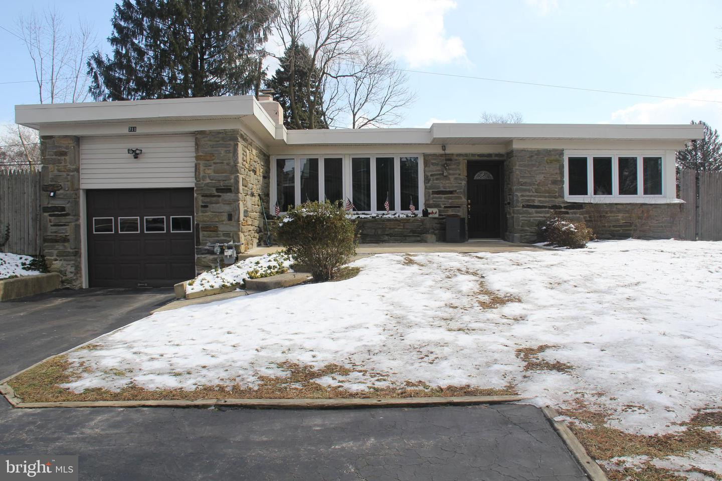 711 Cedar Grove Road Broomall, PA 19008