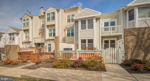 6019 Sunset Ridge Ct, Centreville, VA 20121