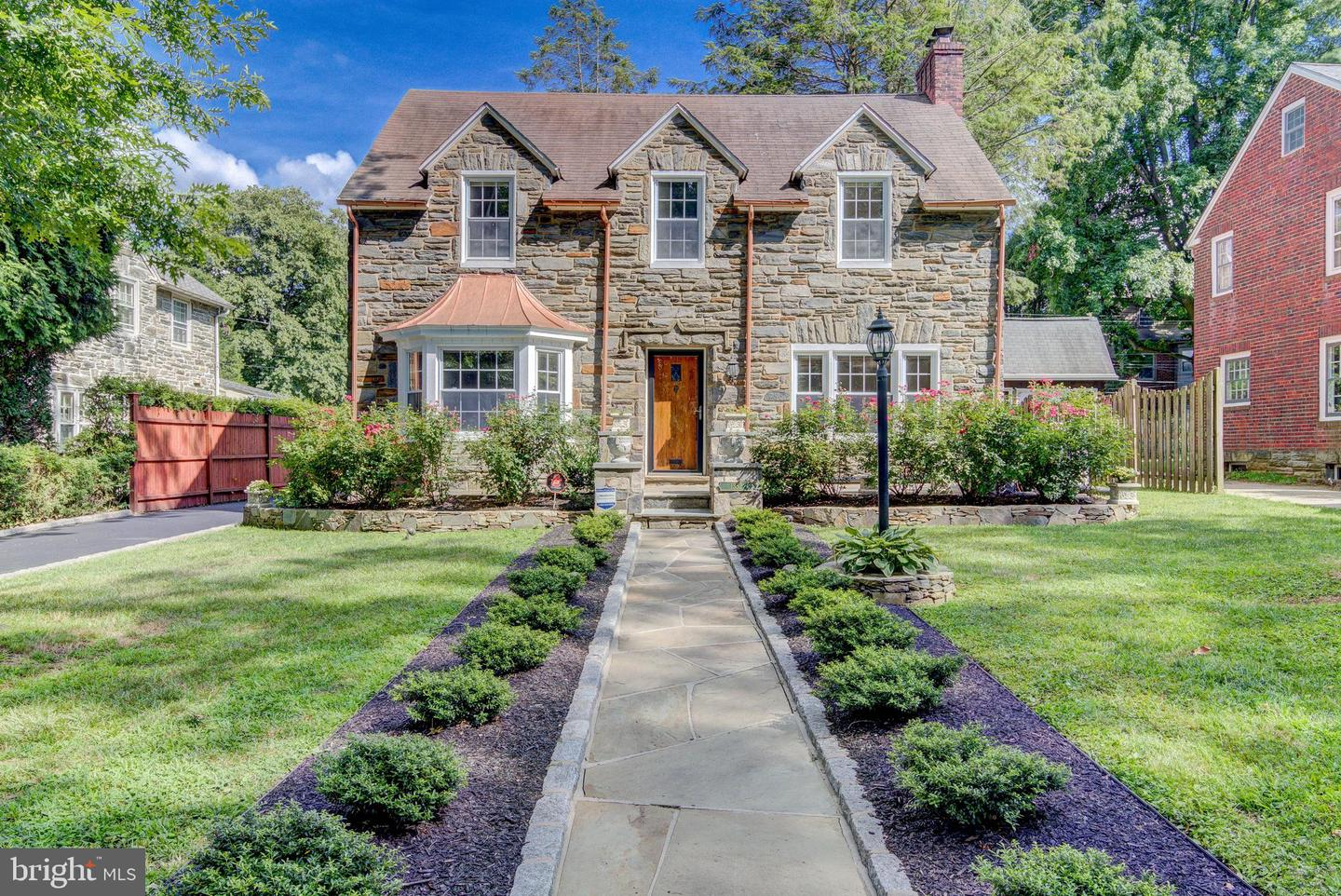 1352 Overbrook Road Wynnewood, PA 19096