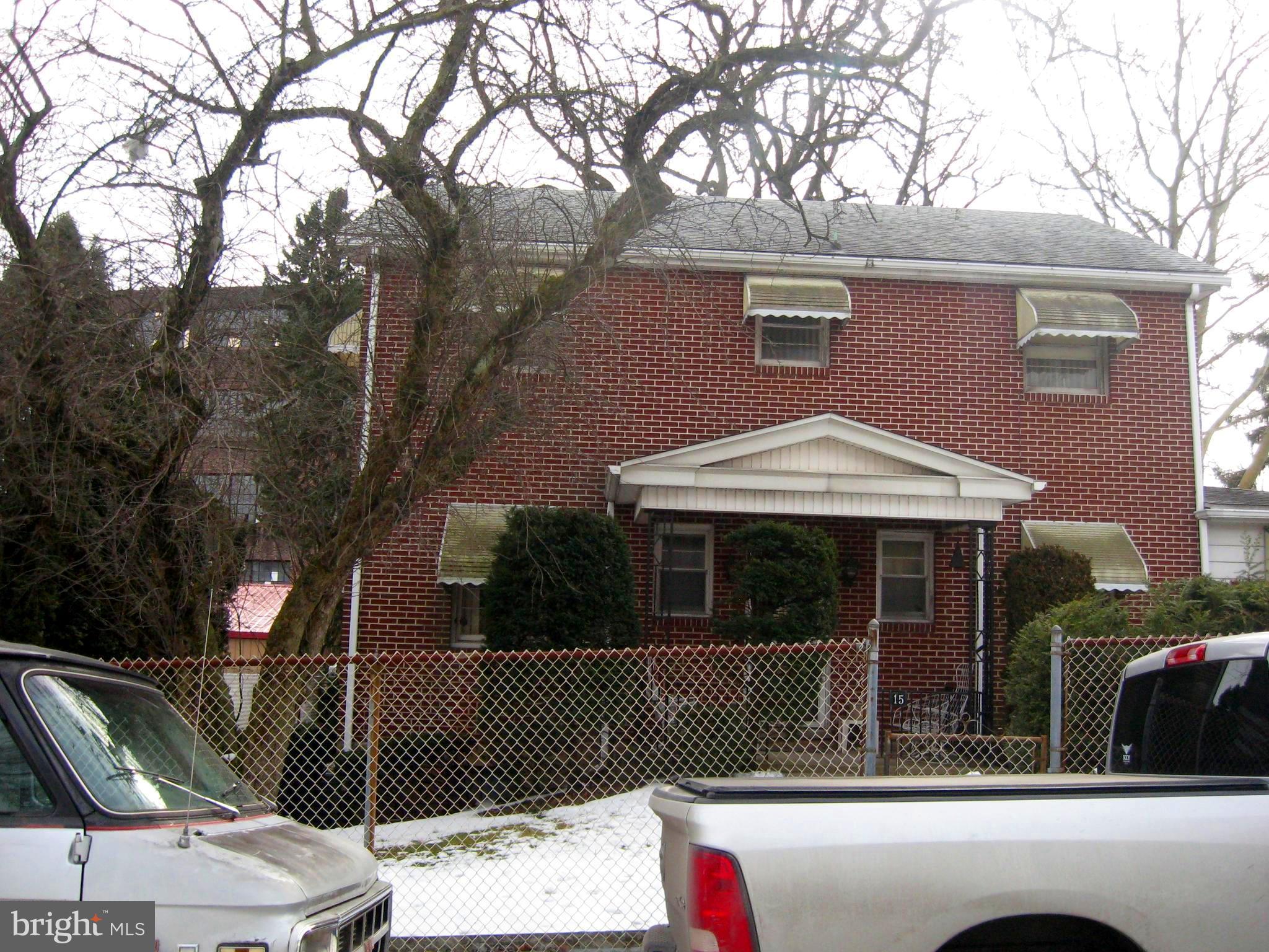 15 W CARBON STREET, MINERSVILLE, PA 17954