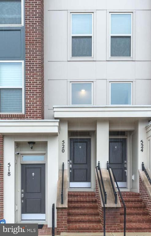 520  COPLEY PLACE  6-B, Gaithersburg, Maryland