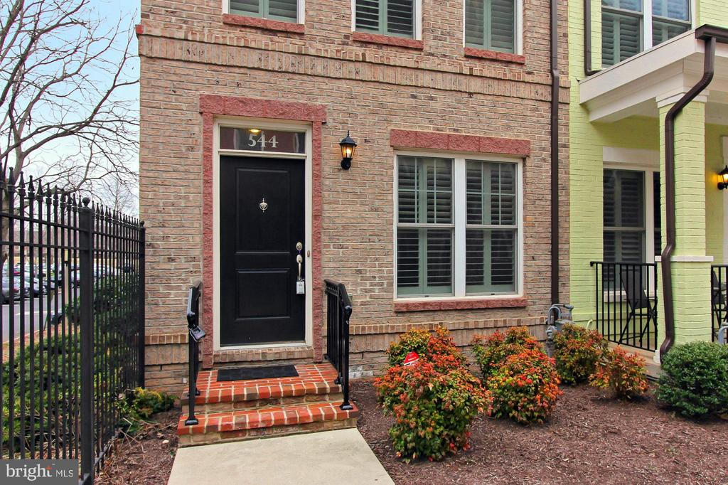 **JUST LISTED, OPEN SAT & SUN, 3/16 & 3/17, 1-4PM** Huge LEED Certified 4-level end unit Townhouse in Chancellor's Row! Open floor plan with Hardwood floors & high-end finishes. Cook's kitchen with stainless steel appliances, granite counters & tons of cabinets. Upper levels feature 3 bedrooms, including a master suite. First floor den, possible fourth bedroom. Roof deck with amazing city views! Programmable thermostat. Garage Parking. GREAT LOCATION, Close to Brookland Metro, CUA, shops, restaurants