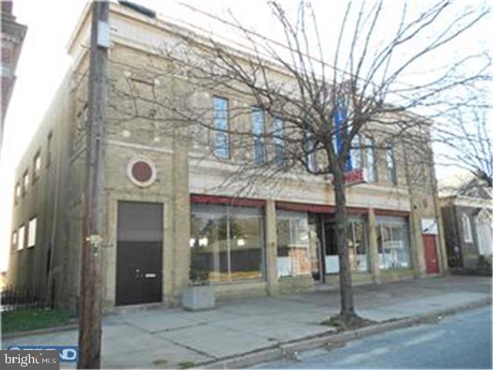 180 W MAIN STREET, PENNS GROVE, NJ 08069