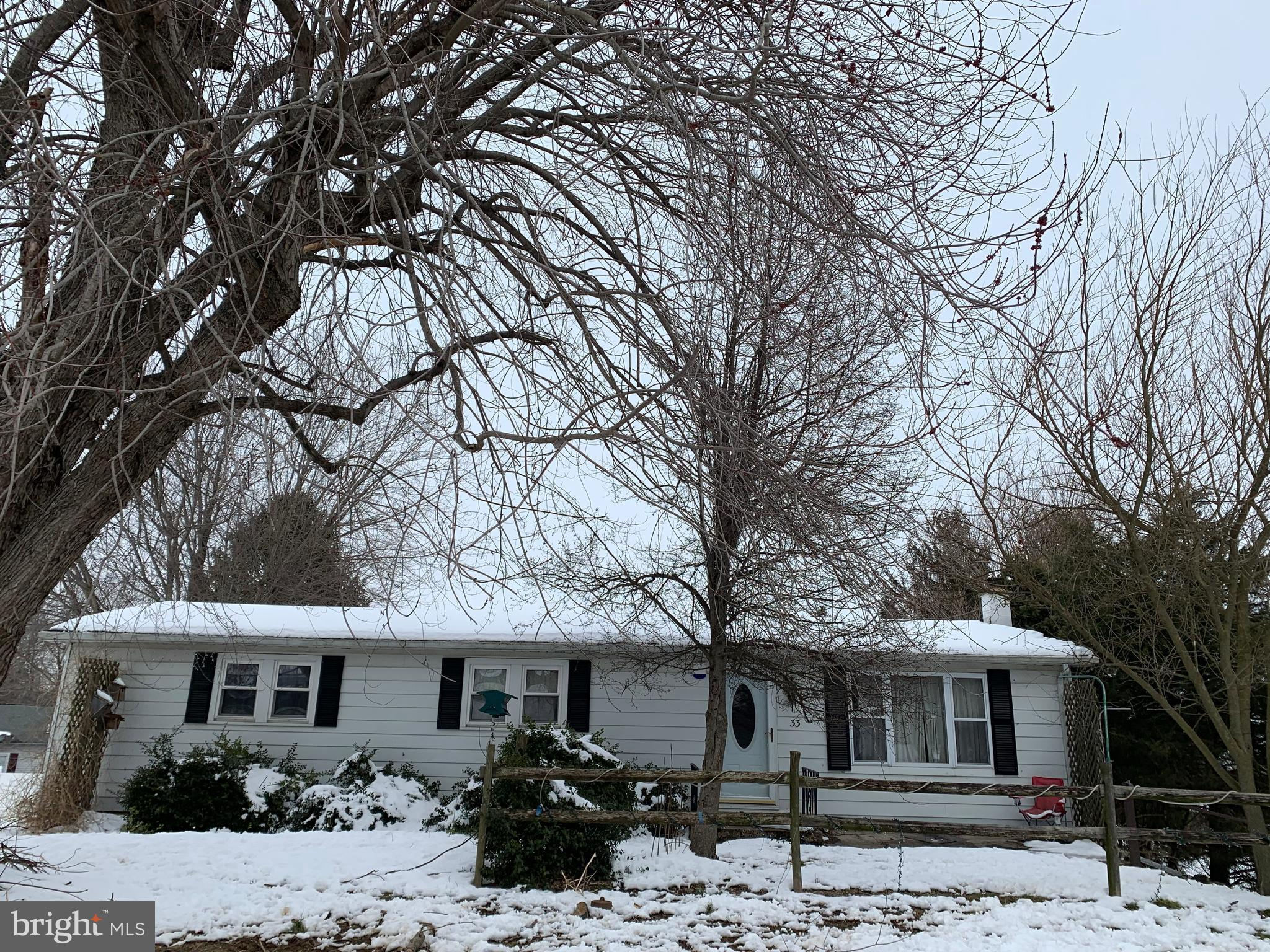 33 MOUNT AIRY ROAD, NEW PROVIDENCE, PA 17560