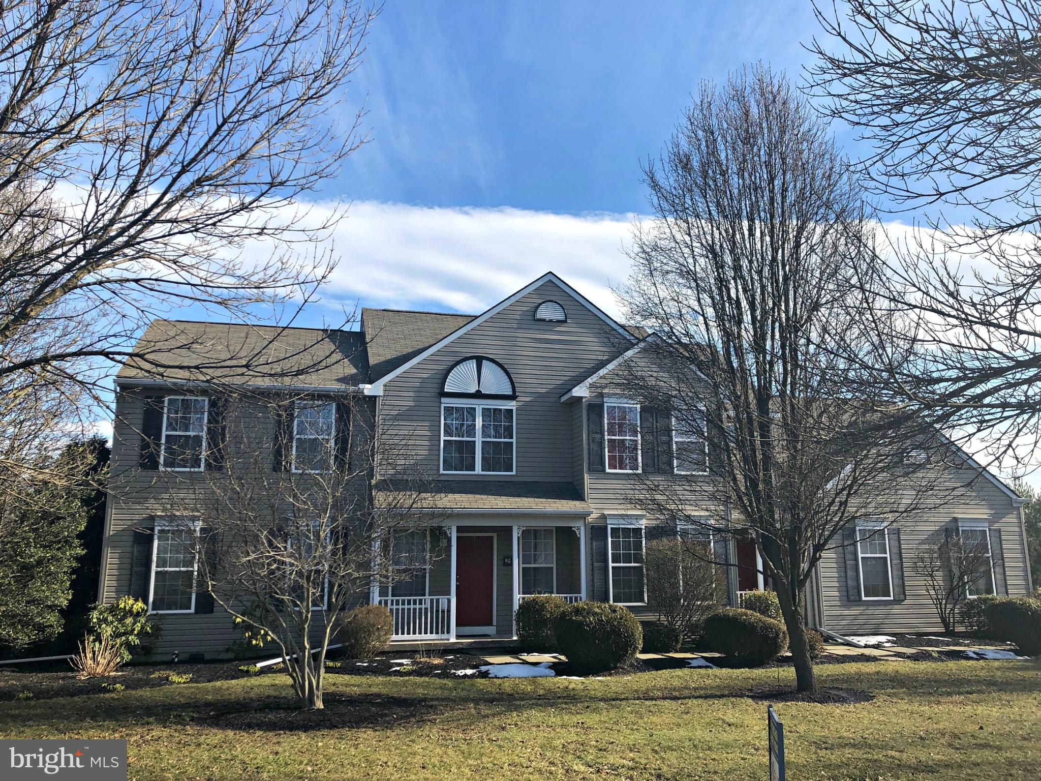 29 WINDY KNOLL DRIVE, ROYERSFORD, PA 19468