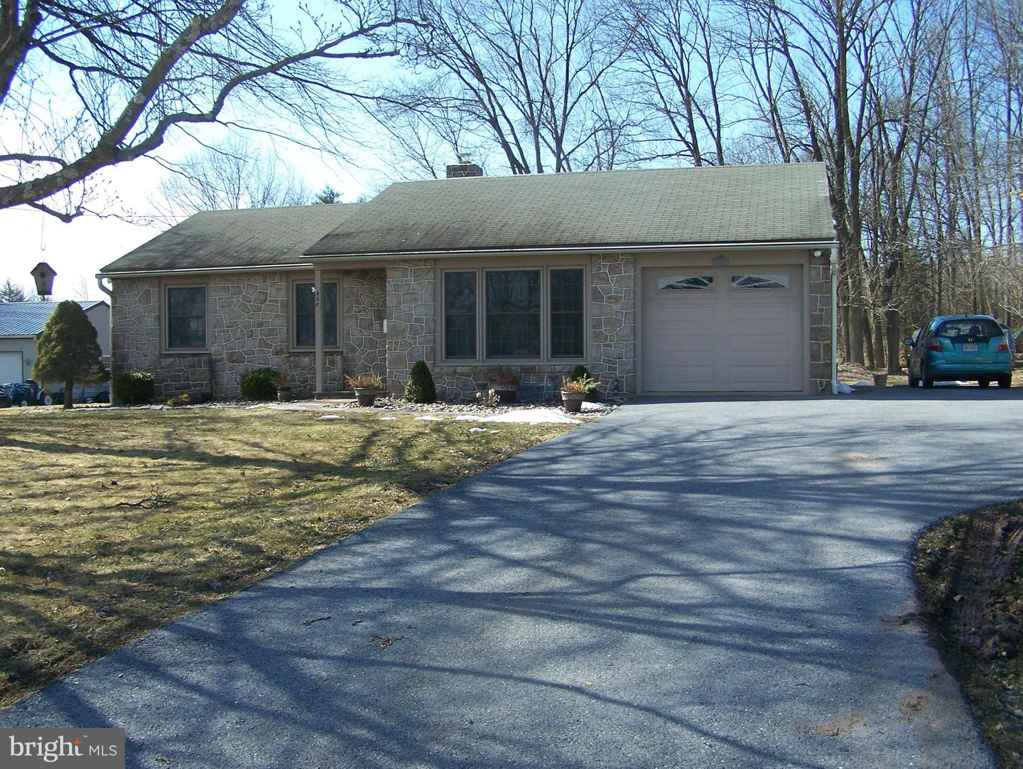 Photo of 408 Old Airport Road, Douglassville PA