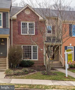 11782 Great Owl Cir Reston VA 20194