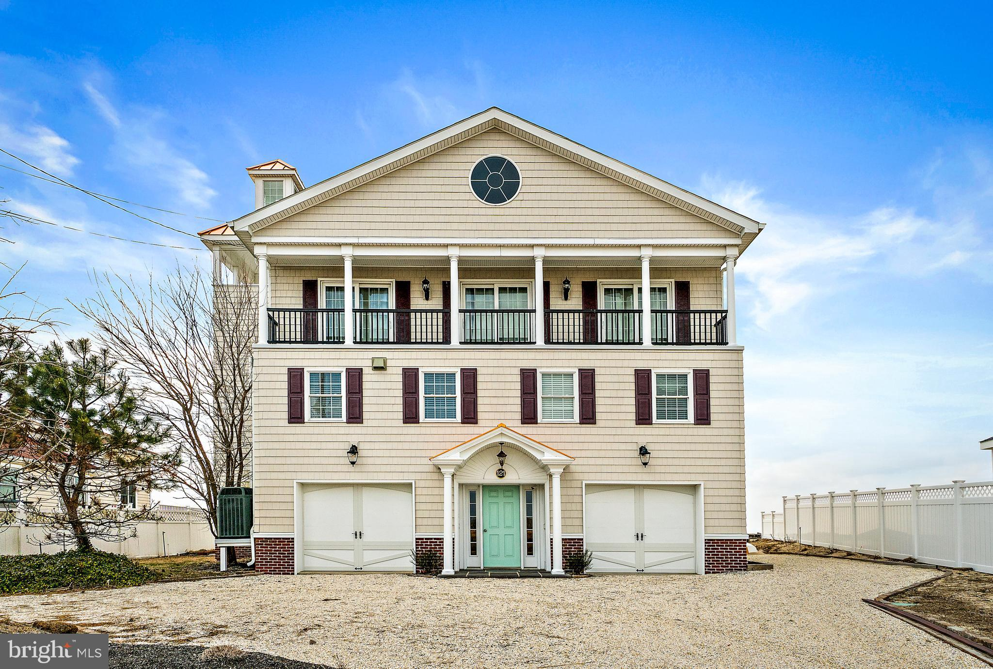 121 BEACH AVE, CAPE MAY COURT HOUSE, NJ 08210