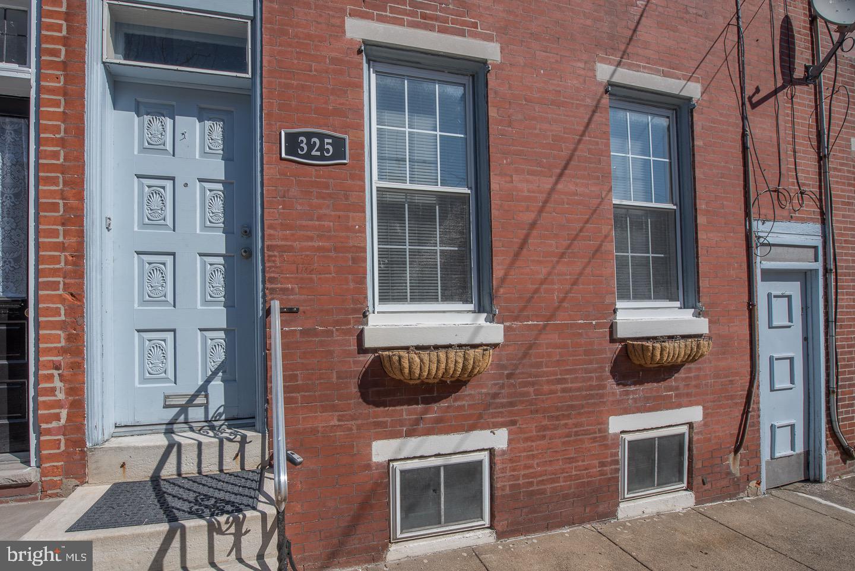 325 Greenwich Street Philadelphia, PA 19147