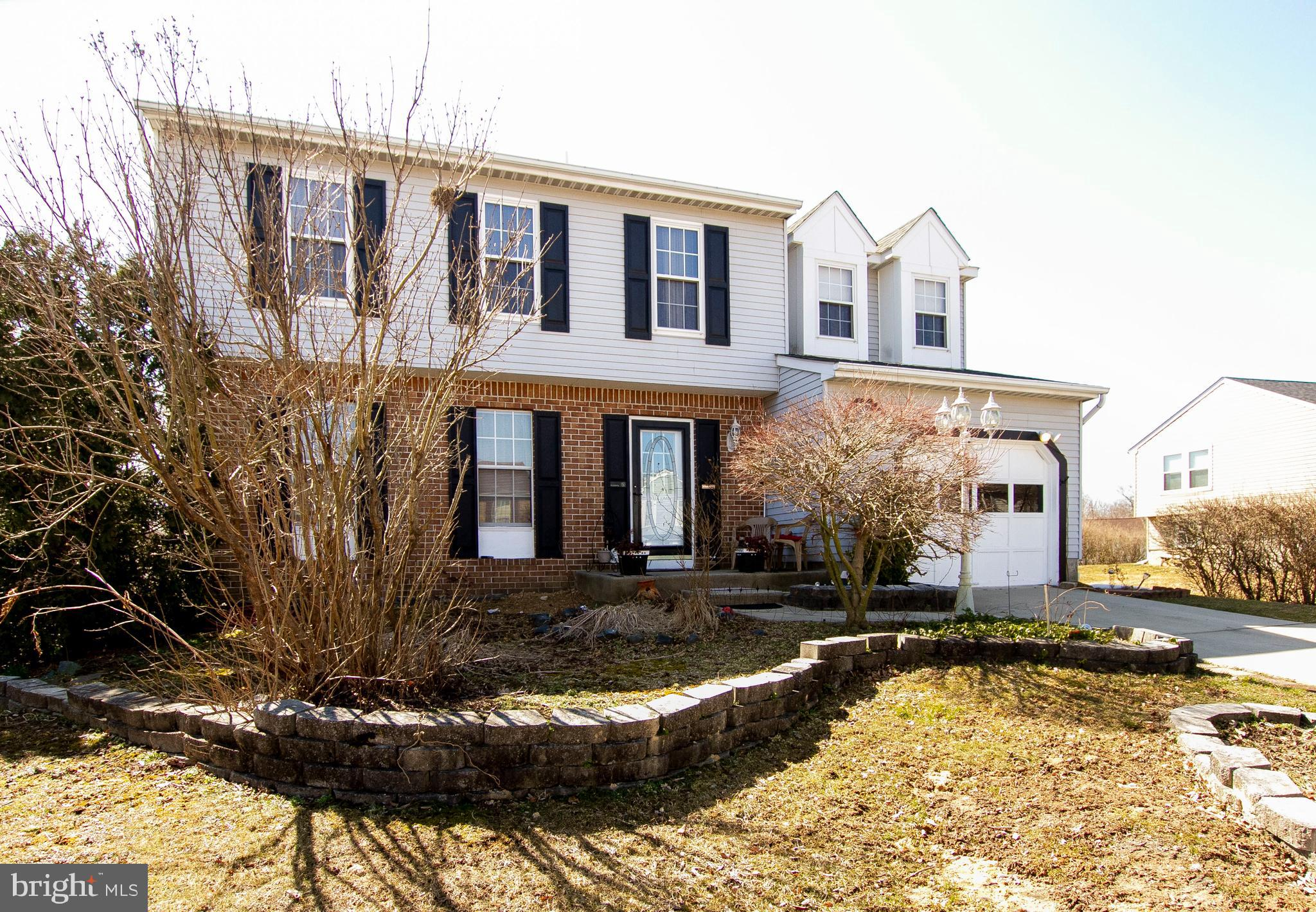 4 Bedroom 2.5 bath house for sale in Woodbridge! Features include: attached 1-car garage, stainless steel appliances, new granite countertops (2017), new HWH (2017) and new roof. Master bedroom has awalk-in closet and attached master bath with ceramic tile shower. Laundry on the 2nd floor! 2 sheds for storage.  Community amenities include tennis courts, tot lots, and pool!