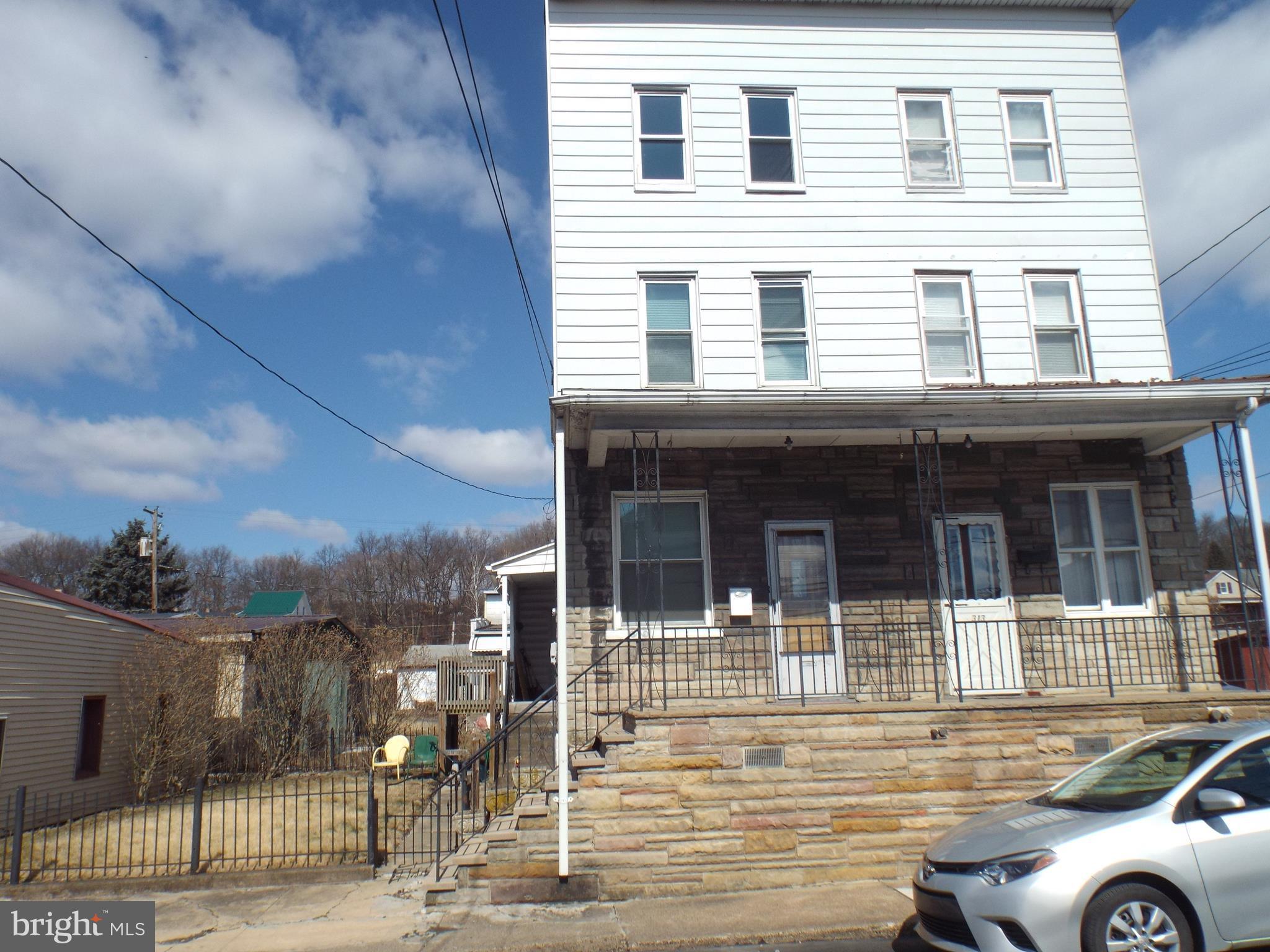 315 W SAYLOR STREET, MOUNT CARMEL, PA 17851