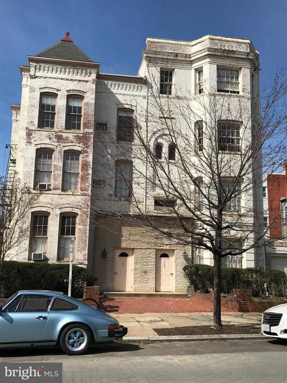 117 12th is an 8 unit building being sold together with the building next door. 115 12th is a 13 unit building. The total price for both buildings is 5,300,000.  The buildings are fully occupied except for one vacant unit at 117 12th. All rent rolls, cash flows and disclosures are online.