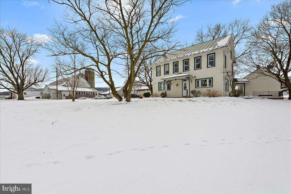 340 BASHORE STREET, BETHEL, PA 19507