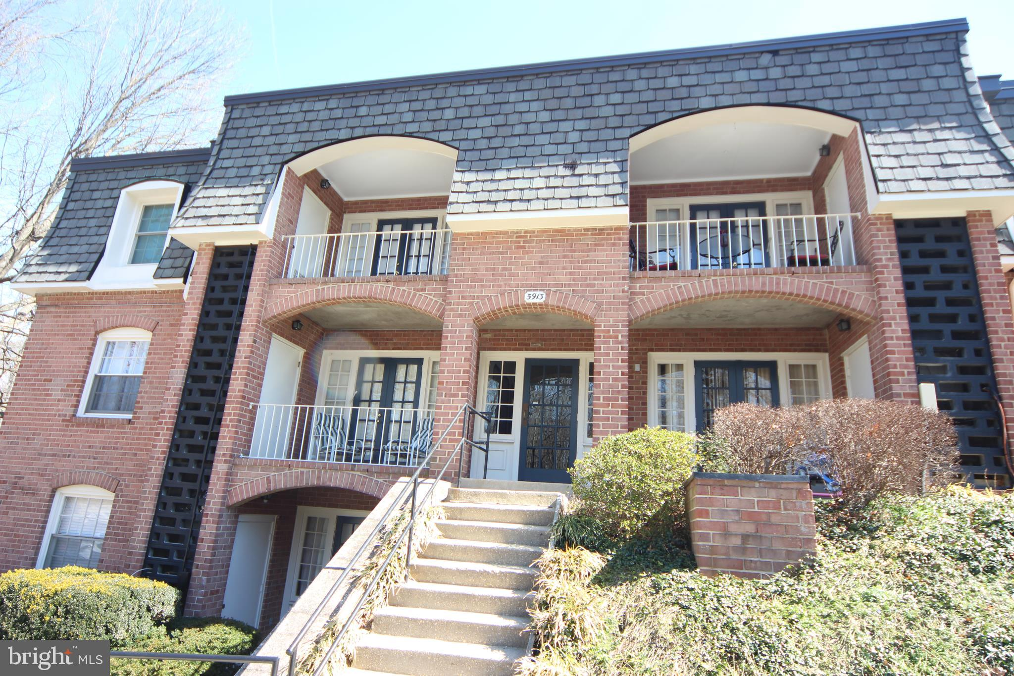OPEN Saturday 3/16 and Sunday 3/17 1-4PM*Top Floor 1 bedroom located just across from the community pool & management office*Fresh paint throughout*New Carpet just installed*Priced $13K below most recent same model under contract*Nice balcony*Low condo fee includes:Gas Heat, water & sewer, exterior building maintenance, 2 pools,  tennis, tot-lots, party rooms, etc*This building is unique in that the laundry room is in the basement of the building & there is also a dedicated storage unit in the laundry area too*Also there is no assigned parking in this area as there is tons of parking*Bus at the corner express to Pentagon*Lots of nearby shopping & dining options*Walking path to Lake Accotink