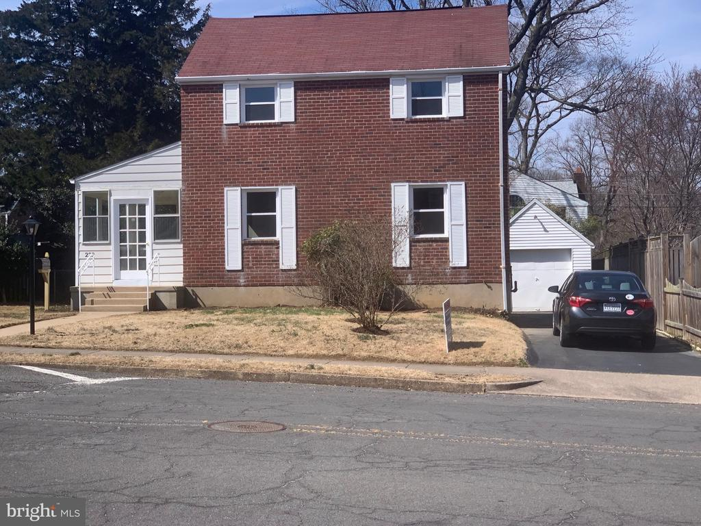 3 bedrooms and 1 bathroom detached house. RENOVATED!!!, Refinished hardwood floors, new appliances, new kitchen, new windows, finished basement, and 1 car garage. Great Location close to Washington DC. Sold AS IS. Seller shall convey title by special warranty deed.