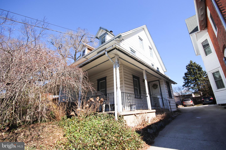 941 Glenbrook Avenue Bryn Mawr, PA 19010