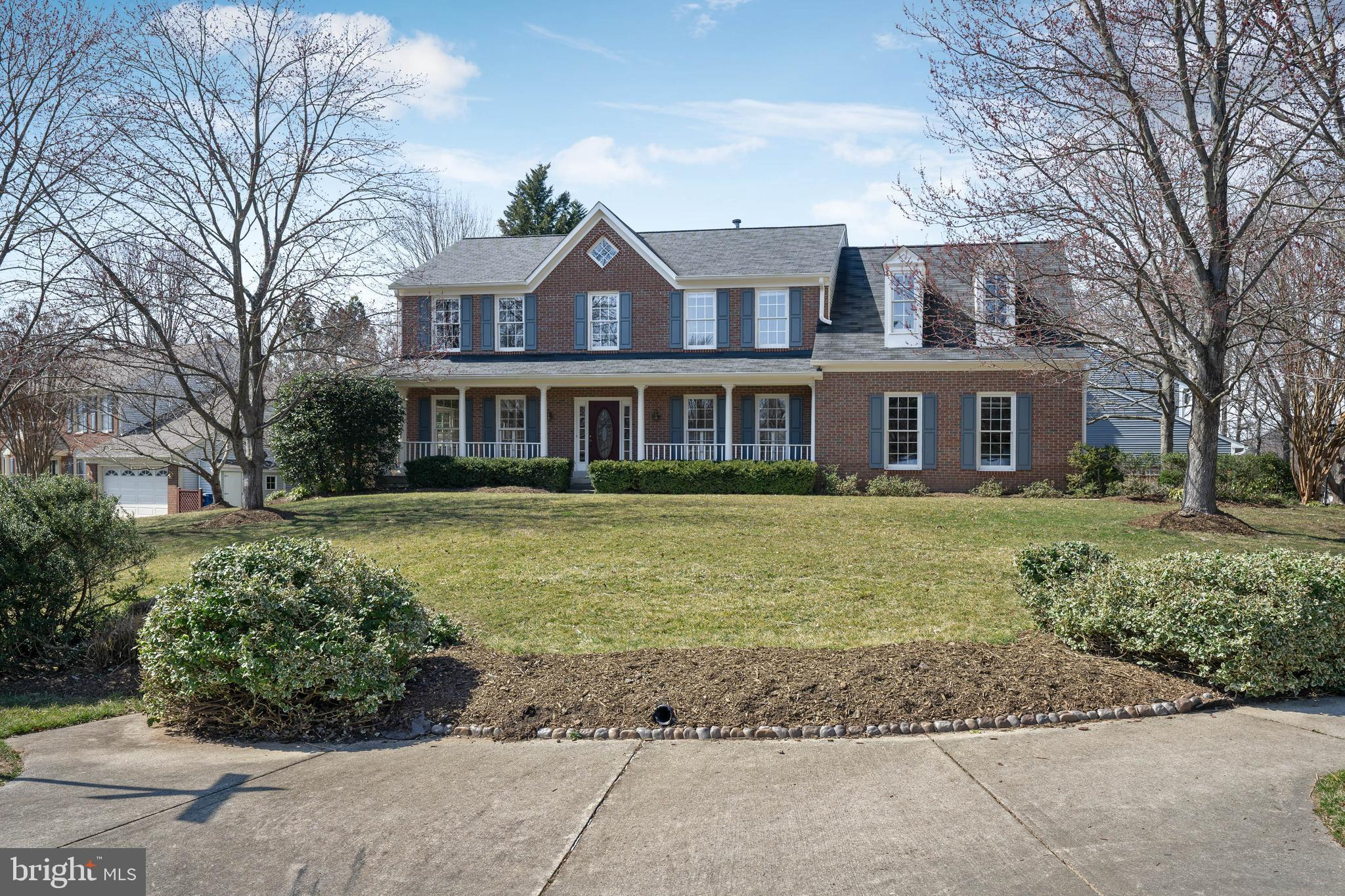 OPEN SUNDAY 1-4PM! Just listed in desirable Manors at Mount Vernon community! Curb appeal abounds with distinctive front porch. Exceptionally bright and open floor plan highlighted by updated kitchen opening to spacious family room with soaring cathedral ceiling. Other features include: 4 Bedrooms, 3.5 Baths, main level office/library, upgraded trim detail, and two car garage. Near Stratford Landing School. Unique combination of size, location, & attractive price in premier location!