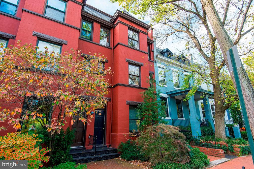 Welcome to 3026 R Street, a residence located in the heart of Washington DC's most prestigious and historic neighborhood. The East Village of Georgetown is private and secluded, yet one step away from the pulse of the city. This bright two bedroom home is situated in a small boutique building with beautiful views of Montrose Park.  The living room is spacious with an open layout, high ceilings and plenty of sunlight from the tall picturesque windows. The dining room is intimate and perfect to entertain your friends. The kitchen has great cabinet space and a gas stove. The master bedroom is spacious with large windows and a Juliet balcony overlooking a lush garden. The second bedroom has an office nook and ample closet space.  This home offers a second full bathroom that is rare in the Montose Walk condominiums.  A calming, neutral palette and light hardwood floors are found throughout the home. Directly across the street are many walking trails through Dumbarton Oaks & Rock Creek Park and one of them takes you straight to the ZOO. Close to Dumbarton Oaks, Safeway, Library, Shops, and Restaurants. Additional storage space and bicycle room.  In unit washer and dryer, central heat and air conditioning and superb location are just icing on the cake. One life~live it well, live it here!