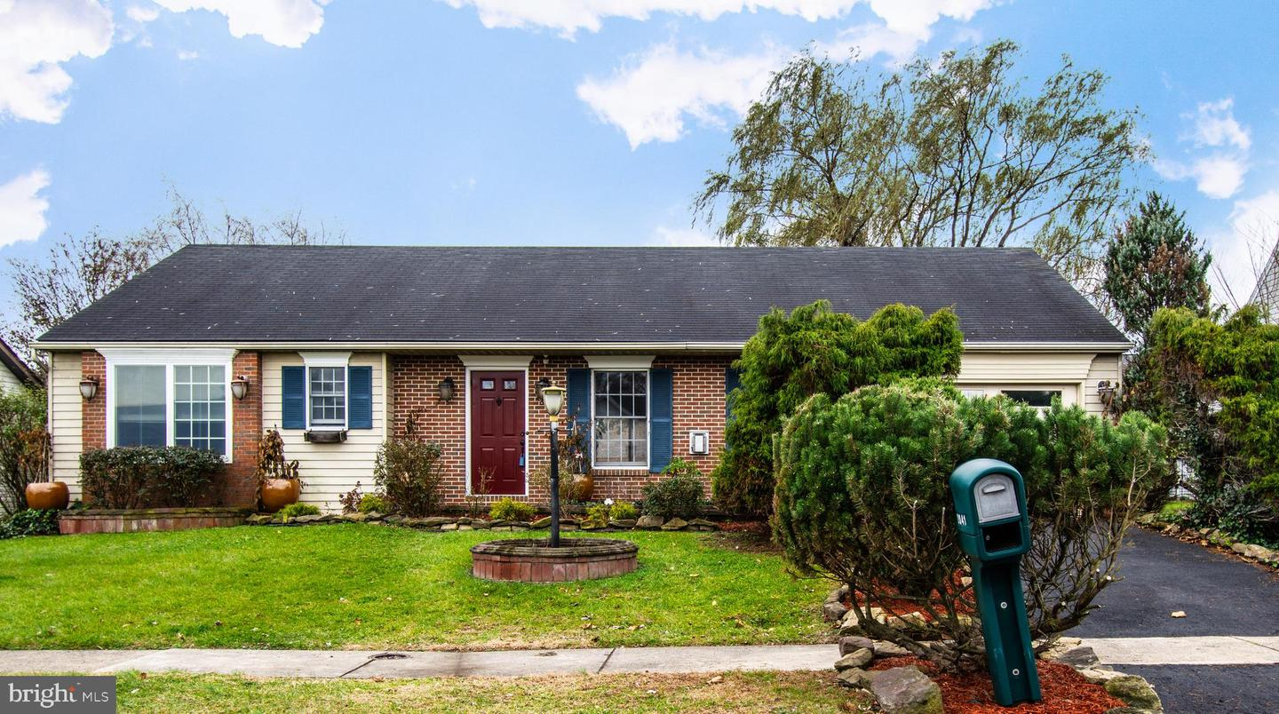2041 Chevy Chase Drive Harrisburg , PA 17110