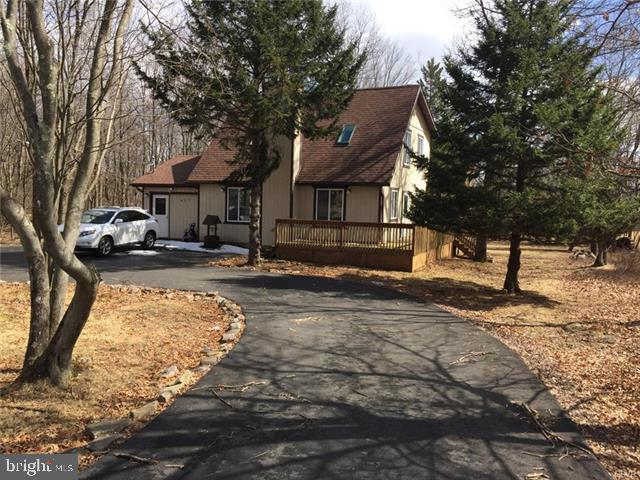 457 TOWAMENSING TRAIL, ALBRIGHTSVILLE, PA 18210