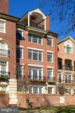 Property for sale at 22 Wolfe St, Alexandria,  Virginia 22314