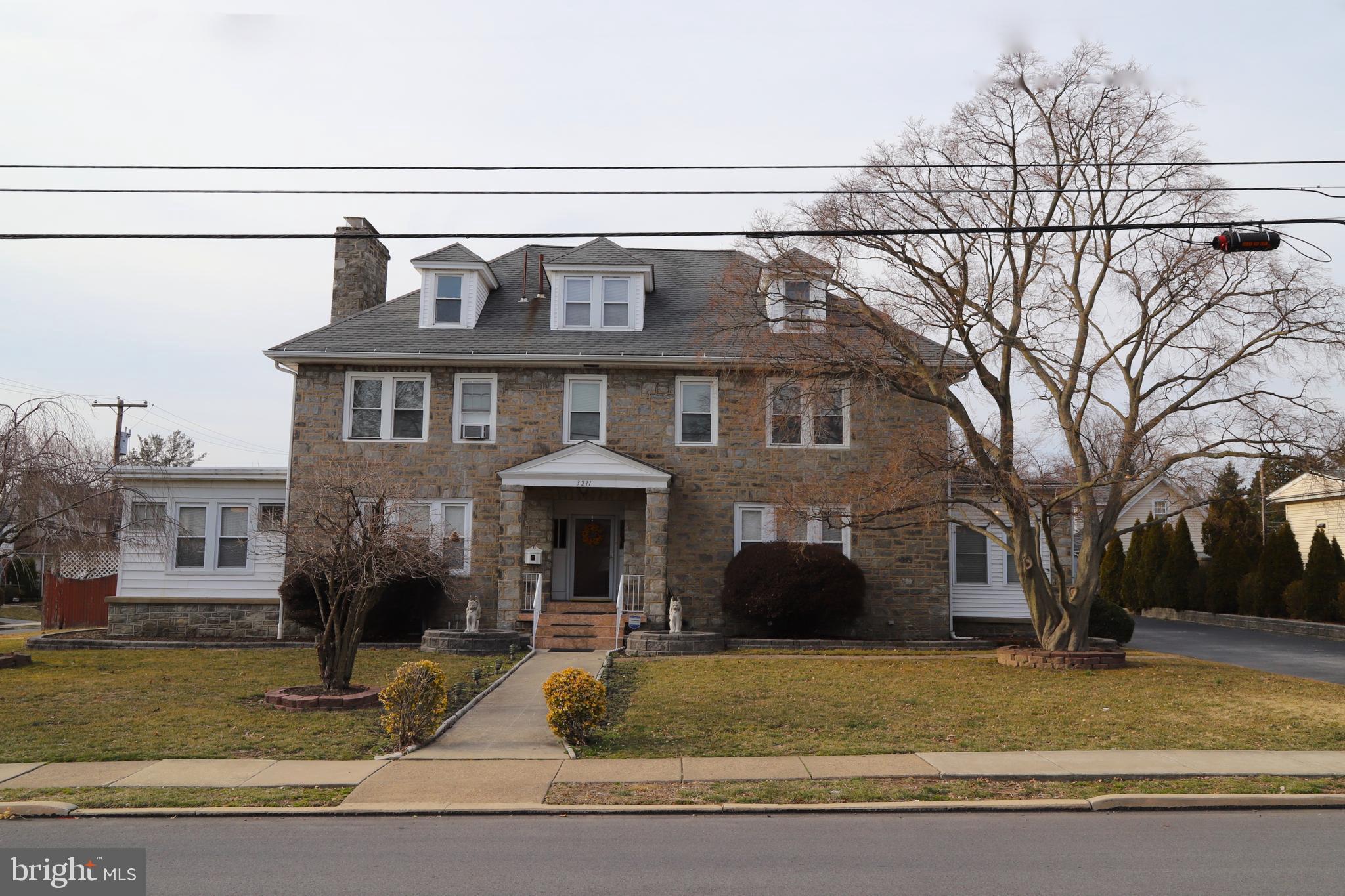 3211 SCHOOL LANE, DREXEL HILL, PA 19026