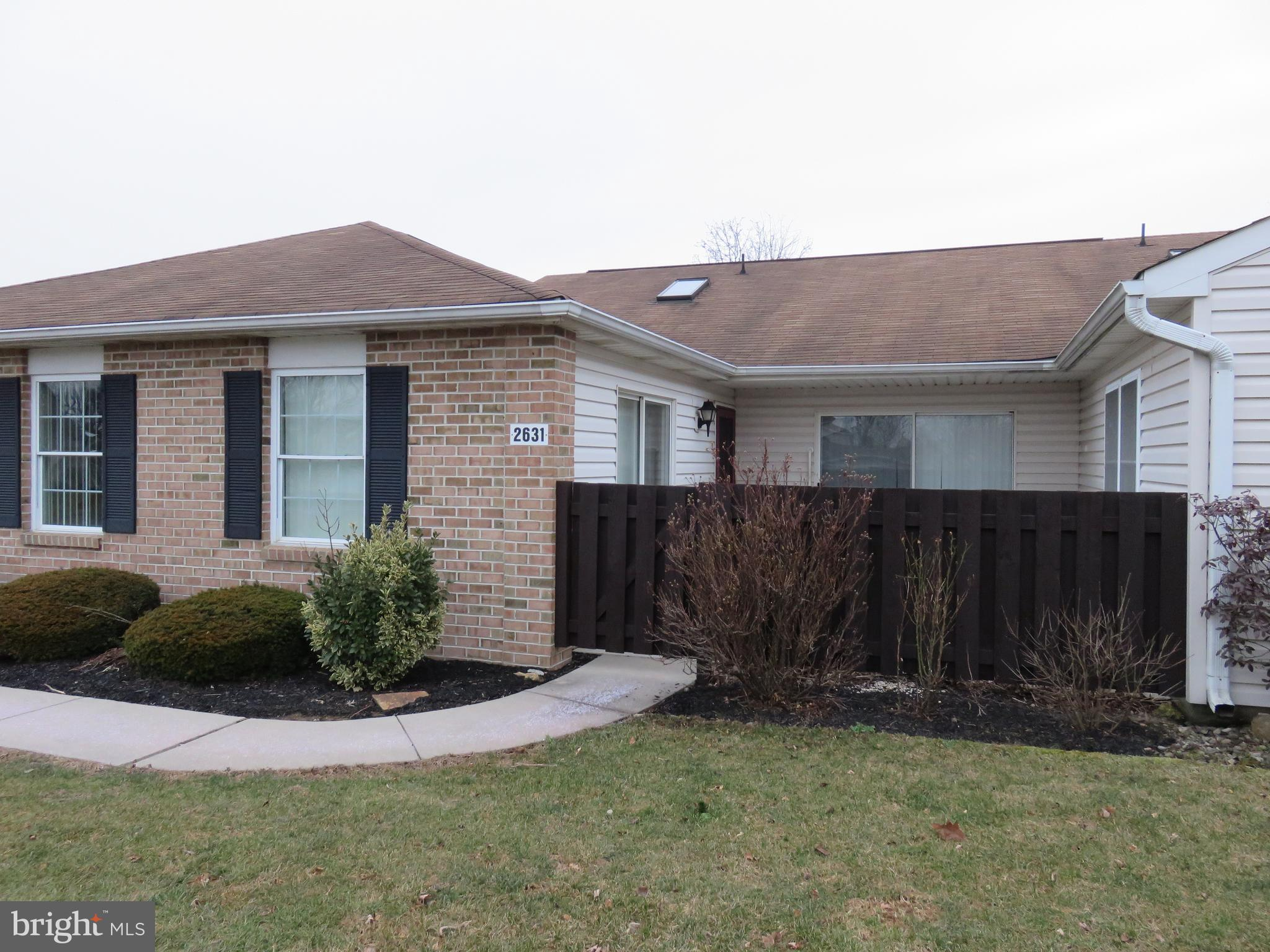 2631 ROLLING GREEN DRIVE, MACUNGIE, PA 18062