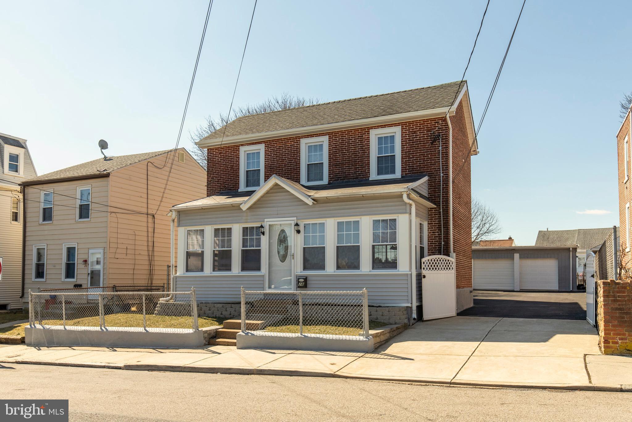 28 N DIAMOND STREET, CLIFTON HEIGHTS, PA 19018