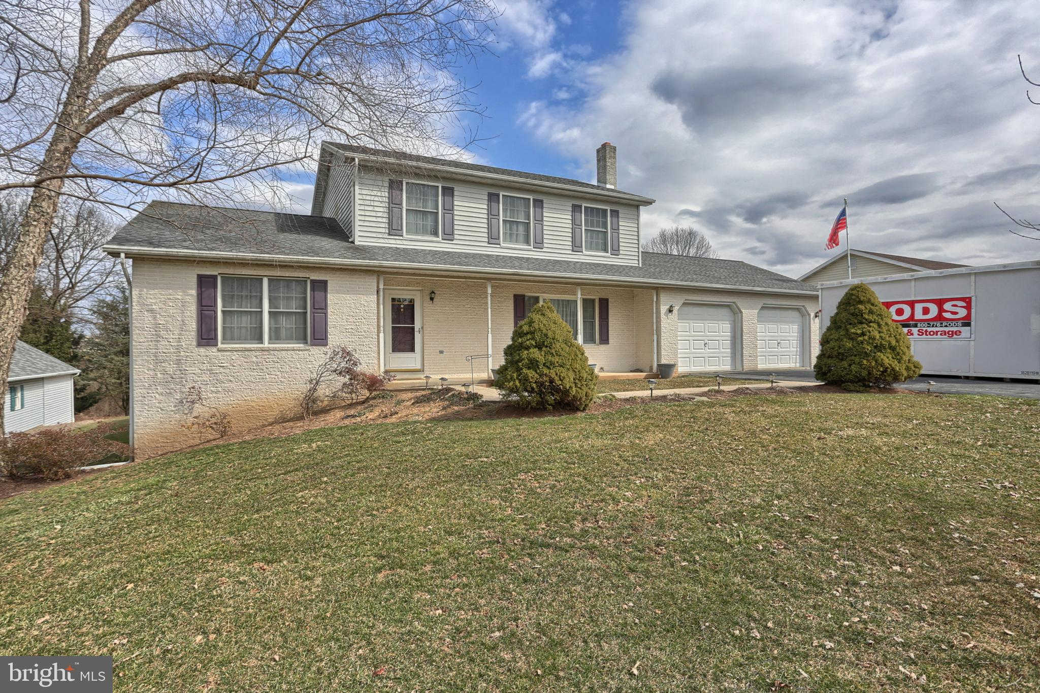 1415 CANDLEWYCKE DRIVE, MIDDLETOWN, PA 17057